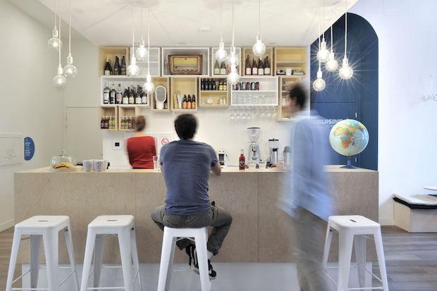 slo living hostel l auberge de jeunesse nouvelle. Black Bedroom Furniture Sets. Home Design Ideas