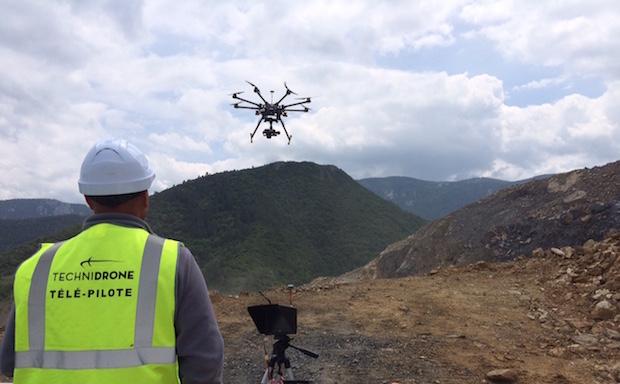 techni drone photo